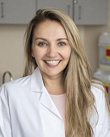 Dr. Ksenya Badashova