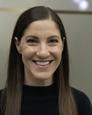 Dr. Elizabeth Dearing